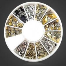 Металлические фигурки серебряные и золотые в карусельке